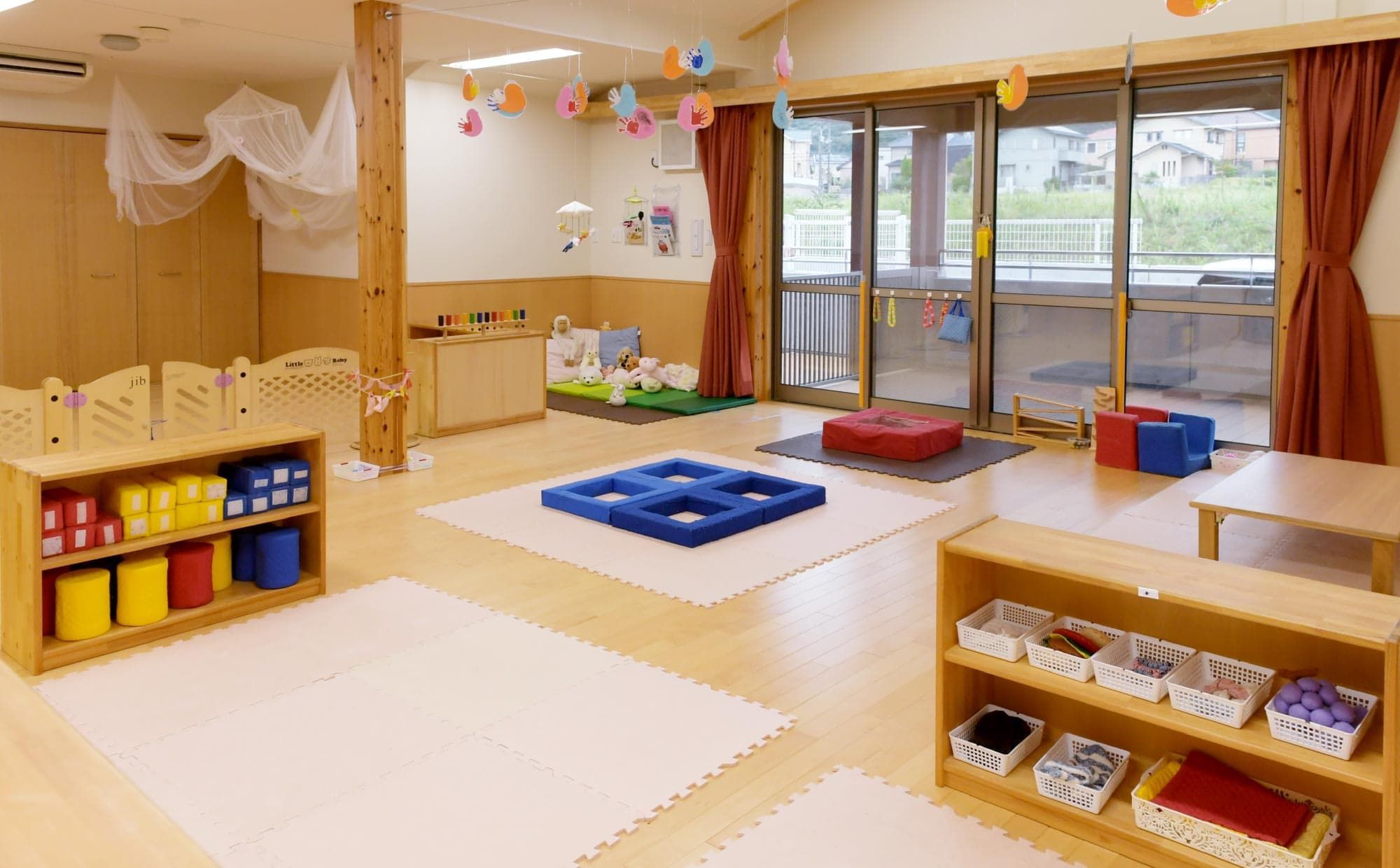 乳児保育室